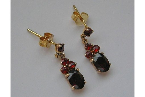 Granatohrringe Ohrstecker mit Granat Steinen garnet earrings aus 8 Kt 333 Gold